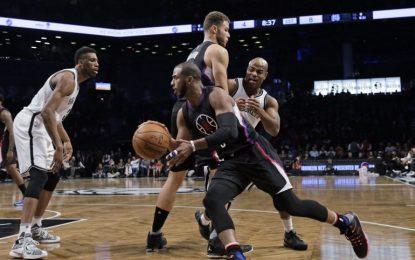 """Избрано от НБА: """"Клипърс"""" оцеляха в Детройт с тройка в края на продължението"""