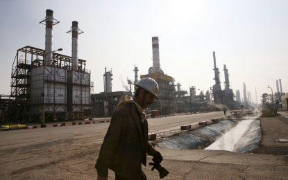 Иран пуска петрол в евро за Европа