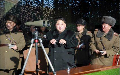 Пхенян честити 2017-а с ракетна заплаха