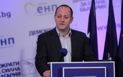 Новото дясно на Кънев ще е налице до президентския вот