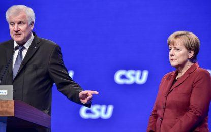 Премиерът на Бавария разкритикува бежанската политика на Меркел