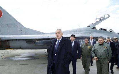 """#КОЙ продава """"Авионамс"""" на държавата, за да си ремонтира МиГ-овете"""