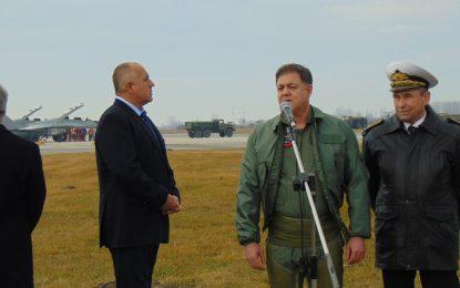 8 български военни ще бранят небето на Турция