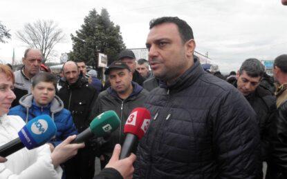 Московски призова гръцките фермери да блокират пристанищата към Европа