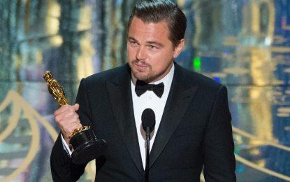 """Леонардо ди Каприо взе първи """"Оскар"""". И държа реч за планетата"""