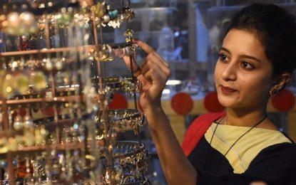 Боят вкъщи е в реда на нещата за жените в Пакистан
