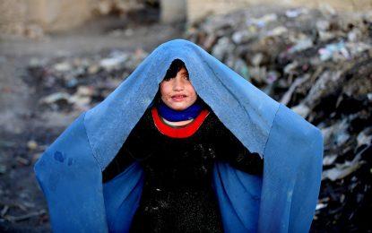 Изписват част от измръзналите деца-бежанци