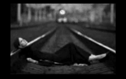 Facebook vs самоубийствата