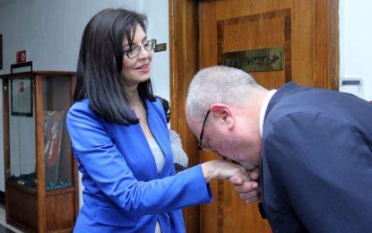 Танев и Кунева изиграха менует в МОН