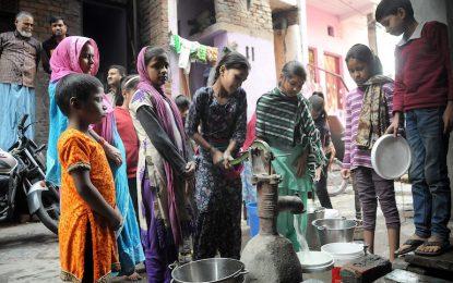 Бунт на каста остави 10 милиона в Делхи без вода