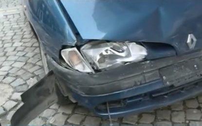 Шофьор влезе в GTA режим и потроши дузина коли