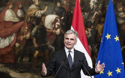 Австрия иска затваряне на бежанските маршрути през Балканите