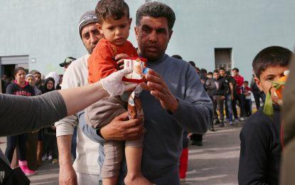 Блокираните в Гърция мигранти надхвърлиха 60 000