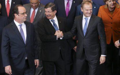 Турция иска още €3 млрд. от ЕС, за да спре притока на бежанци