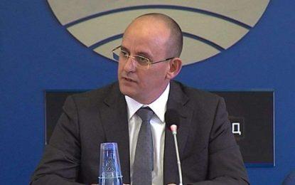 Шефът на ТЕРЕМ се оттегли, готви ДСБ за избори