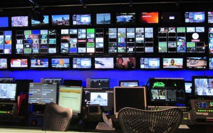 Facebook и Twitter стават телевизори