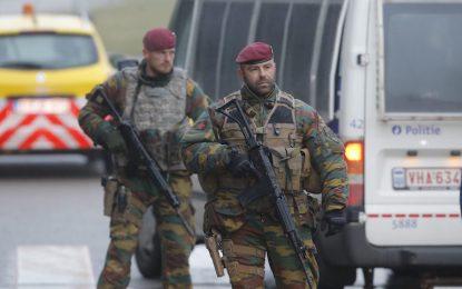 """Още една бомба и знаме на """"халифата"""" откриха полицаите в Брюксел"""