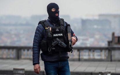 Стрелба и нови взривове в Брюксел (обновена)