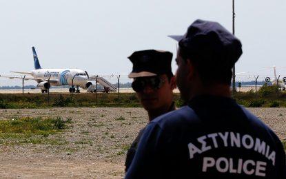 Кризата с похитения самолет приключи без жертви и пострадали