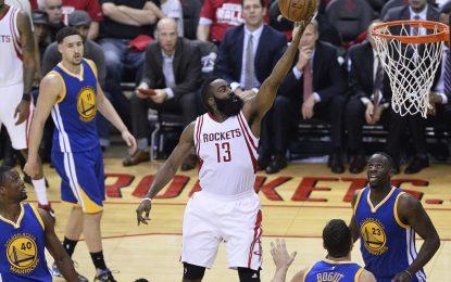 """Избрано от НБА: Хардън спечели мач №3 от серията между """"Рокетс"""" и """"Уориърс"""""""