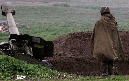 Нагорни Карабах плаши с удар по нефта на Азербайджан