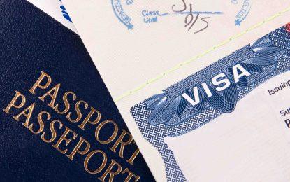 Канада обещава визови отстъпки за българи и румънци