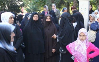 Конституционният съд да спре закона за бурките, иска БХК