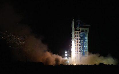 Китай изстрелва космически кораб през 2018