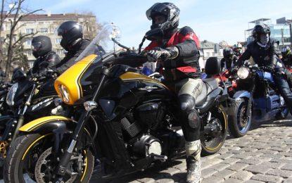 """Мотористи на протест заради """"Гражданска отговорност"""""""