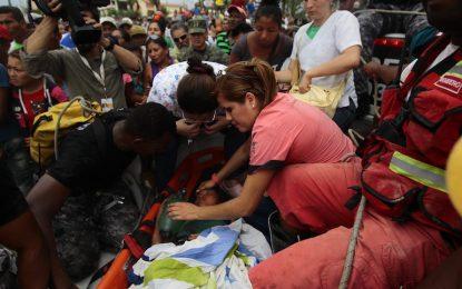Жертвите след труса в Еквадор растат