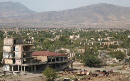 Армения и Азербайджан се обвиняват за тежките сражения в Нагорни Карабах