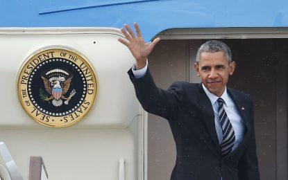 Обама пристигна в Германия, за да хвали TTIP