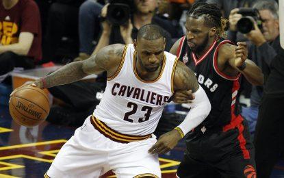 """Избрано от НБА: """"Кевс"""" спечелиха девети пореден мач в плейофите"""