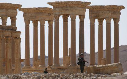 Русия строи казарми край Палмира