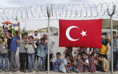 Защо бежанците бягат от Турция