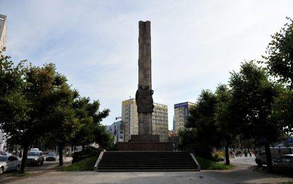 Полски град мести паметник на Червената армия в гробище