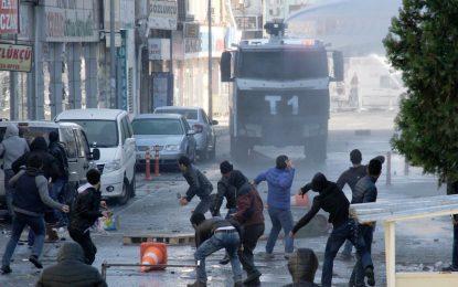 Проваленият мир на Анкара с кюрдите струва $340 млн. досега