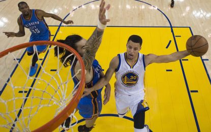 """Избрано от НБА: Къри се развихри, а """"Уориърс"""" изравниха серията"""