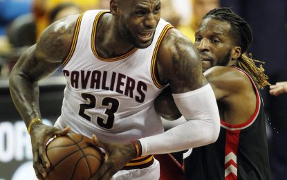 """Избрано от НБА: ЛеБрон и компания не оставиха шанс на """"Раптърс"""""""
