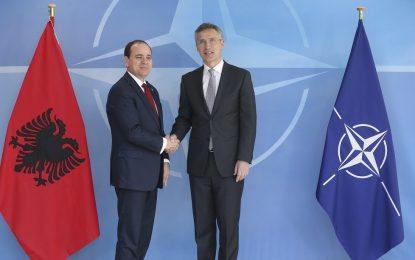 НАТО отваря център за изследване на джихада в Албания