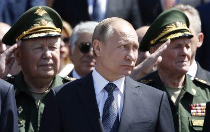 """Путин поиска по-силна руска армия заради """"агресията на НАТО"""""""