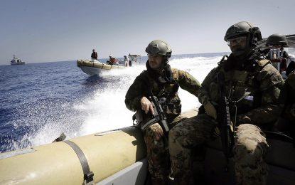 ЕС ще налага оръжейното ембарго за Либия със сила