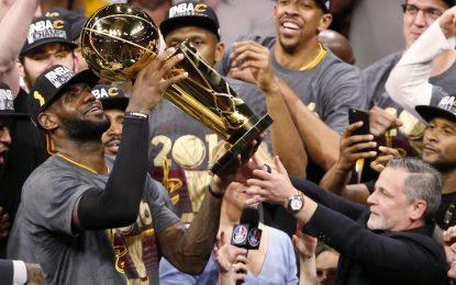 Избрано от НБА: ЛеБрон спечели титла за Кливланд след исторически обрат