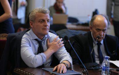 Москов бави лечението на над 200 деца с обещание за бързи процедури