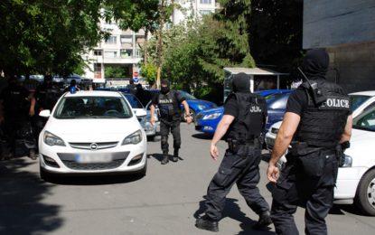 """Поп, швед и син на """"килър"""" свидетелстват за стрелбата в Слънчев бряг"""