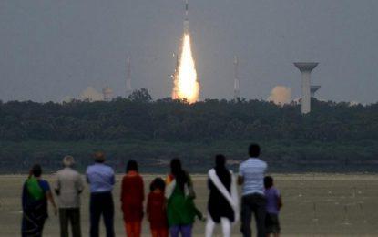Индия изстрелва 22 сателита с една ракета