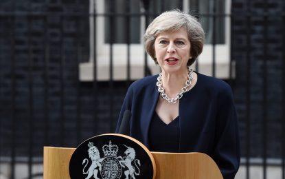Тереза Мей ликвидира британското министерство на климатичните промени