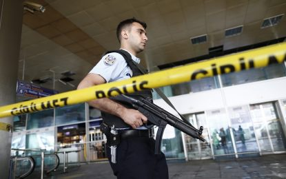Продължава ловът на джихадисти в Турция