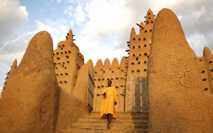 Ислямизмът грози древните кирпичени градове на Мали