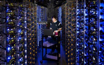 С изкуствен интелект Google харчи с 15% по-малко ток